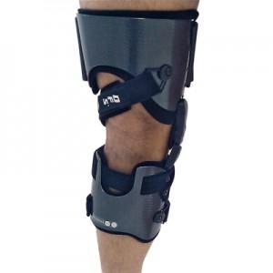 Orthèse du genou sur mesure à  dégagement compartimental